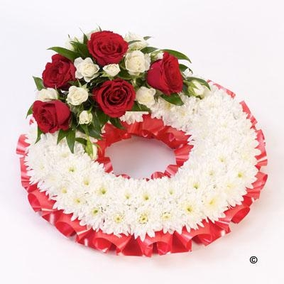 Traditional Wreath   White and Red *