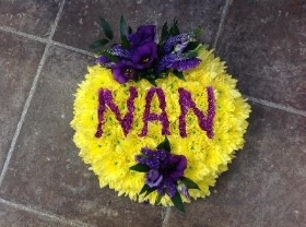 Personalized posy pad