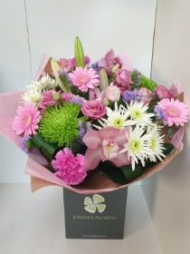 Luxury Mother's Day Hand Tied